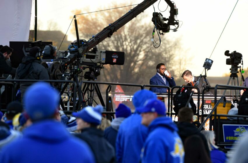 Desmond Howard and Rece Davis prepare to go live for College GameDay at South Dakota State University on Saturday, October 26, in Brookings. College Gameday 014