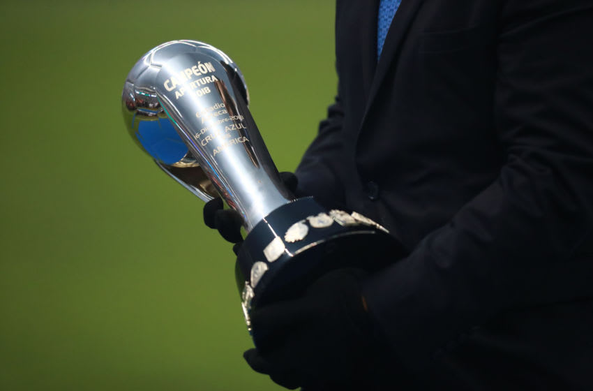 MEXICO CITY, MEXICO - DECEMBER 16: Detail of the Liga MX championship trophy prior the final second leg match between Cruz Azul and America as part of the Torneo Apertura 2018 Liga MX at Azteca Stadium on December 16, 2018 in Mexico City, Mexico. (Photo by Hector Vivas/Getty Images)