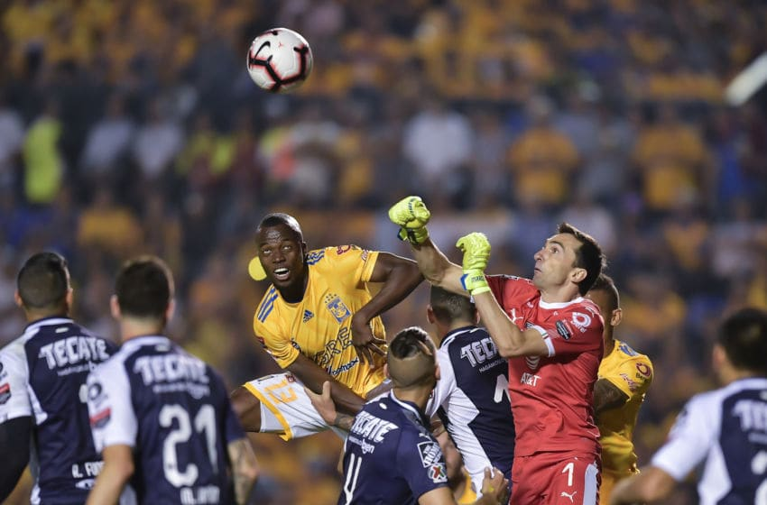 MONTERREY, MEXICO - APRIL 23: Marcelo Barovero, #1 of Monterrey, deflects a corner during the final first leg match between Tigres UANL and Monterrey as part of the CONCACAF Champions League 2019 at Universitario Stadium on April 23, 2019 in Monterrey, Mexico. (Photo by Azael Rodriguez/Getty Images)