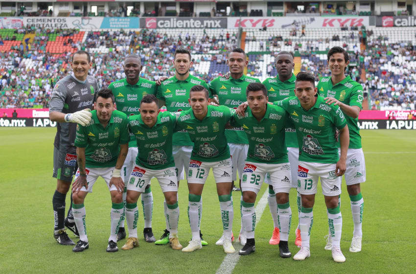 LEON, MEXICO - MAY 04: Players of Leon pose prior the 17th round match between Leon and Pachuca as part of the Torneo Clausra 2019 Liga MX at Leon Stadium on May 4, 2019 in Leon, Mexico. (Photo by Cesar Gomez/Jam Media/Getty Images)
