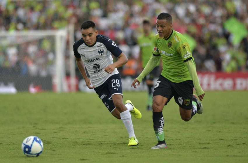 Monterrey seemed to be chasing the game against FC Juárez. Here Carlos Rodríguez chases Eder Borelli of Juarez in Sunday's game won by the Bravos. (Photo by Alvaro Avila/Jam Media/Getty Images)