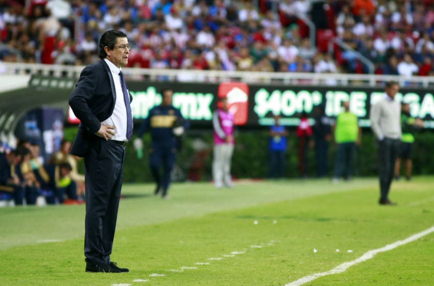 Luis Fernando Tena became interim coach of the Chivas just days before the national derby against América, a game Guadalajara lost 4-1. (Photo by Alfredo Moya/Jam Media/Getty Images)