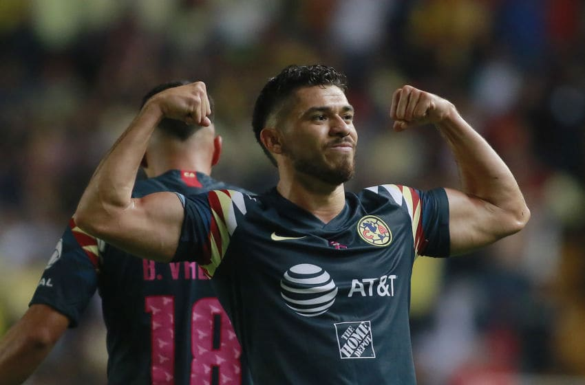América's Henry Martin celebrates after scoring the game-tying goal for his team minutes before the final whistle. (Photo by Cesar Gomez/Jam Media/Getty Images)