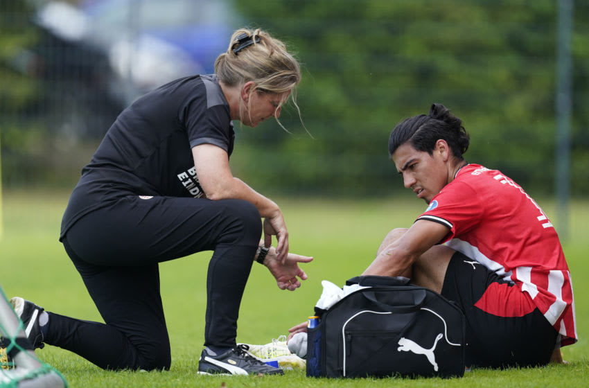, GERMANY - AUGUST 9: (L-R) Elseline Lefeber of PSV, Erick Gutierrez of PSV during the match between KFC Uerdingen 05 v PSV on August 9, 2020 (Photo by Photo Prestige/Soccrates/Getty Images)