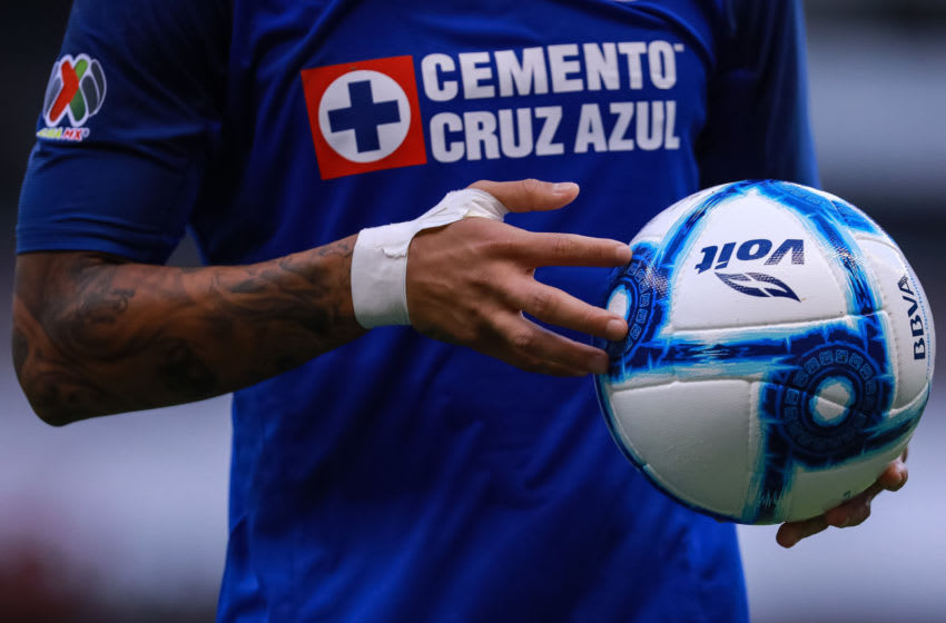 MEXICO CITY, MEXICO - AUGUST 24: Detail of the game ball during the 6th round match between Cruz Azul and Puebla as part of the Torneo Apertura 2019 Liga MX at Azteca Stadium on August 24, 2019 in Mexico City, Mexico. (Photo by Manuel Velasquez/Getty Images)