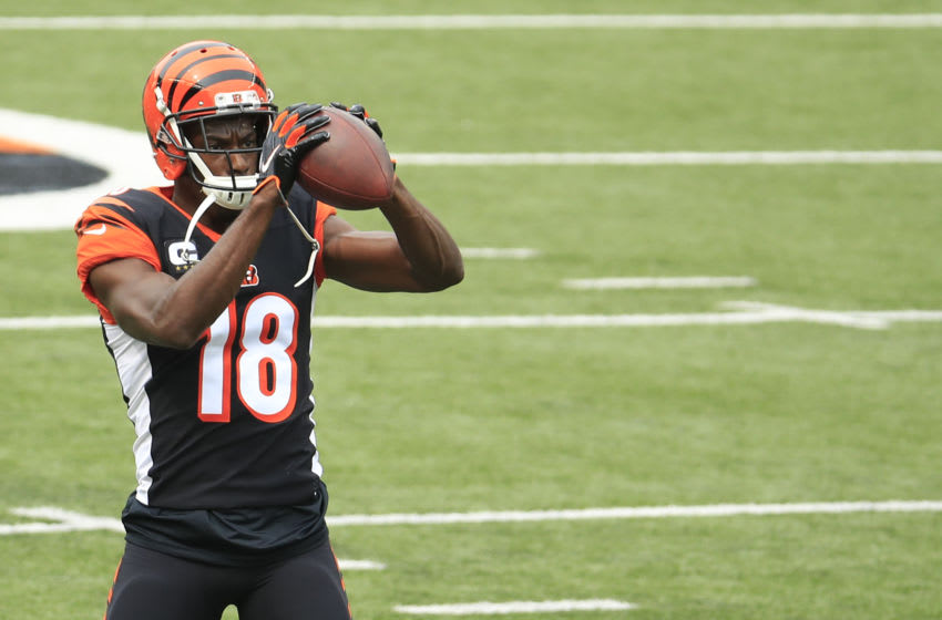 CINCINNATI, OHIO - SEPTEMBER 13: Wide receiver A.J. Green #18 of the Cincinnati Bengals warms up before playing against the Los Angeles Chargers at Paul Brown Stadium on September 13, 2020 in Cincinnati, Ohio. (Photo by Andy Lyons/Getty Images)