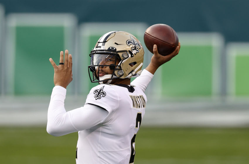PHILADELPHIA, PENNSYLVANIA - DECEMBER 13: Quarterback Jameis Winston #2 of the New Orleans Saints warms up before the start of the Saints and Philadelphia Eagles game at Lincoln Financial Field on December 13, 2020 in Philadelphia, Pennsylvania. (Photo by Tim Nwachukwu/Getty Images)