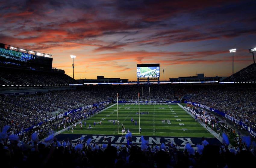 LEXINGTON, KENTUCKY - SEPTEMBER 14: The Sun sets during the Florida Gators game against the Kentucky Wildcats at Commonwealth Stadium on September 14, 2019 in Lexington, Kentucky. (Photo by Andy Lyons/Getty Images)