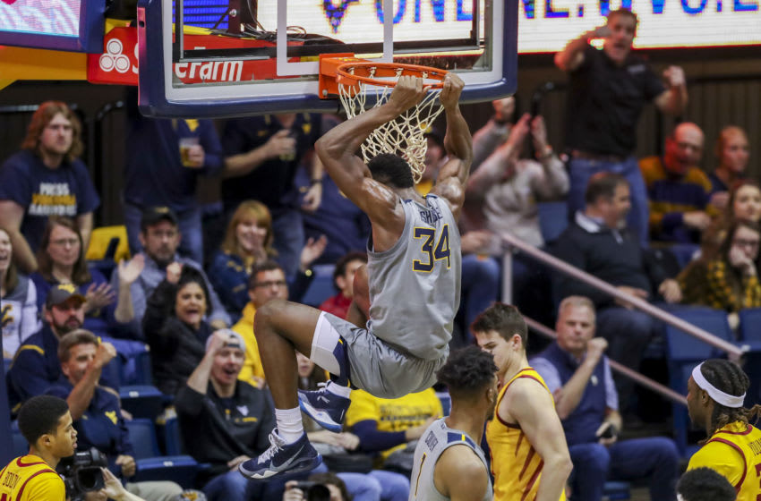 Oscar Tshiebwe dunking the ball. Credit: Ben Queen-USA TODAY Sports