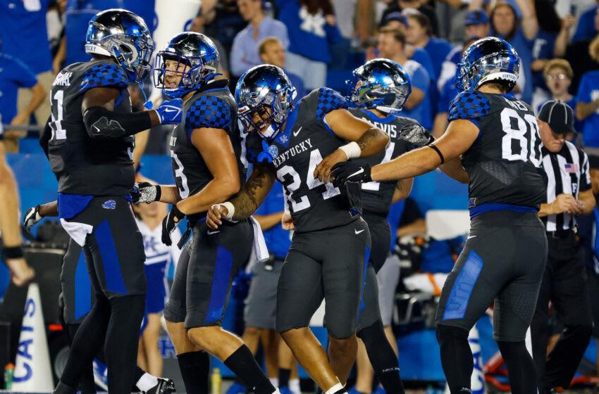 Kentucky players celebrate (Credit: Jordan Prather-USA TODAY Sports)