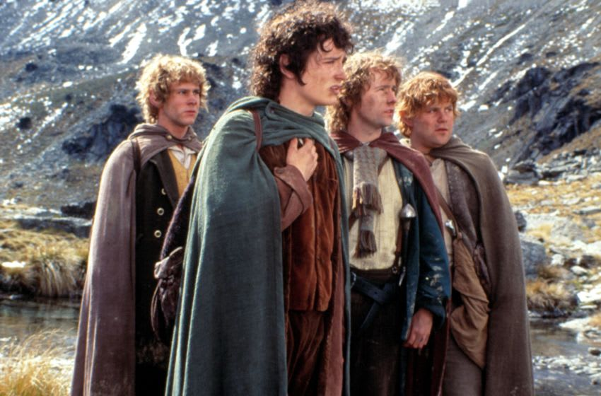 THE LORD OF THE RINGS: THE FELLOWSHIP OF THE RING, Dominic Monaghan, Elijah Wood, Billy Boyd, Sean Astin, 2001