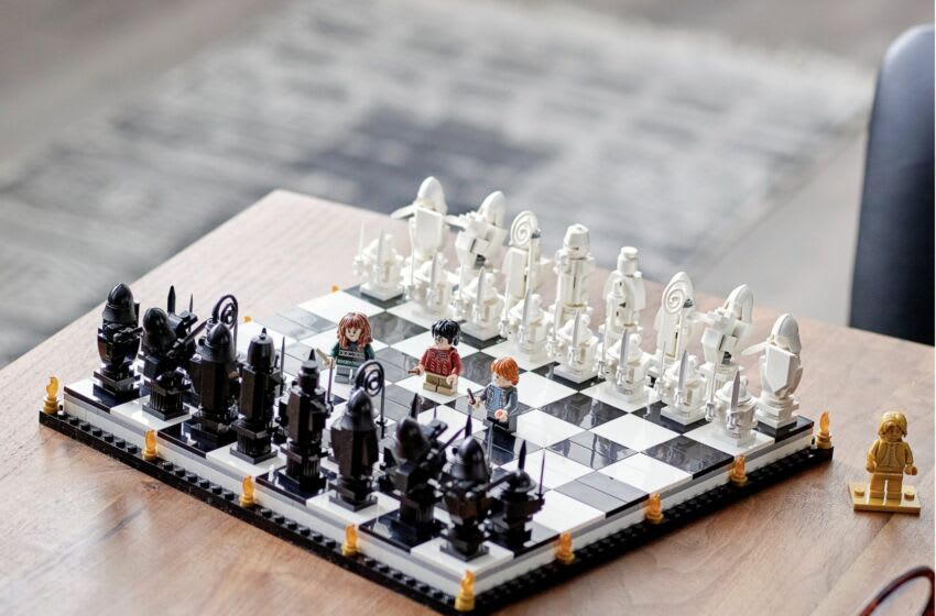 Discover LEGO's new Harry Potter Hogwarts Wizard's Chess set that you can build and play on.