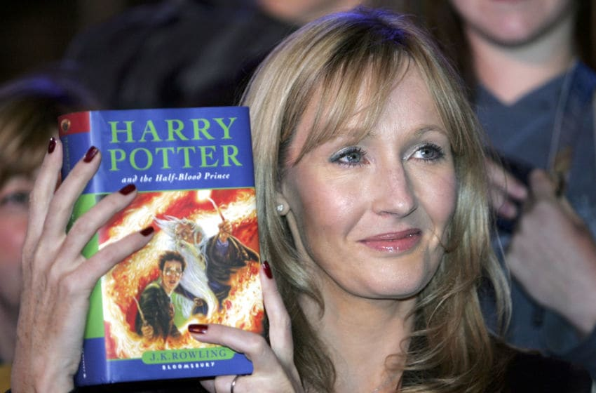 EDINBURGH, UNITED KINGDOM - JULY 15: Harry Potter author JK Rowling arrives at Edinburgh Castle where she will read passages from the sixth magical children?s title ?Harry Potter And The Half-Blood Prince?, on July 15, 2005 in Edinburgh, Scotland. 70 junior reporters from around the world, aged between eight and 16, make up the audience, and meet and ask questions to the author ahead of the midnight release of the new volume. (Photo by Christopher Furlong/Getty Images)