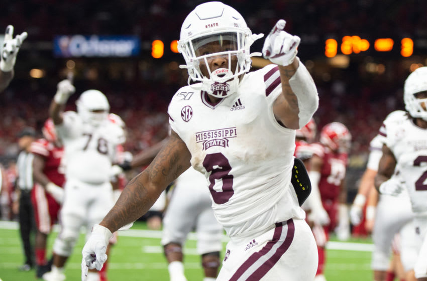 NEW ORLEANS, LA - AUGUST 31: Running back Kylin Hill #8 of the Mississippi State Bulldogs celebrates after scoring a touchdown during the third quarter of their game against the Louisiana-Lafayette Ragin Cajuns at Mercedes Benz Superdome on August 31, 2019 in New Orleans, Louisiana. (Photo by Michael Chang/Getty Images)
