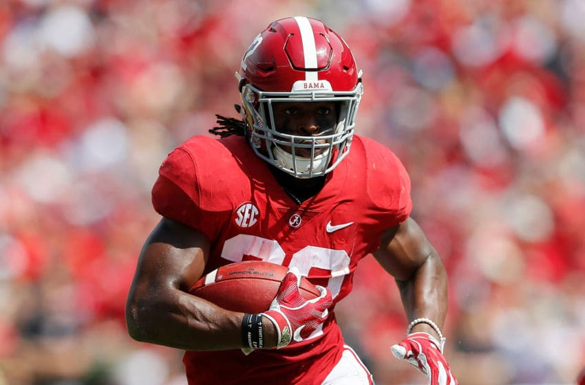TUSCALOOSA, AL - SEPTEMBER 29: Najee Harris #22 of the Alabama Crimson Tide rushes against the Louisiana Ragin Cajuns at Bryant-Denny Stadium on September 29, 2018 in Tuscaloosa, Alabama. (Photo by Kevin C. Cox/Getty Images)
