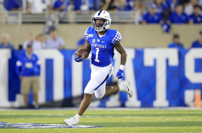LEXINGTON, KENTUCKY - SEPTEMBER 07: Lynn Bowden Jr #1 of the Kentucky Wildcats runs with the ball against the Eastern Michigan Eagles at Commonwealth Stadium on September 07, 2019 in Lexington, Kentucky. (Photo by Andy Lyons/Getty Images)
