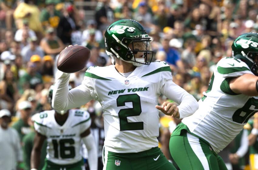 New York Jets quarterback Zach Wilson (2). Mandatory Credit: Samantha Madar/USA TODAY NETWORK-Wisconsin via USA TODAY NETWORK