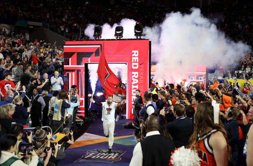 MINNEAPOLIS, MINNESOTA - APRIL 08: The Texas Tech Red Raiders take the court prior to the 2019 NCAA men's Final Four National Championship game against the Virginia Cavaliers at U.S. Bank Stadium on April 08, 2019 in Minneapolis, Minnesota. (Photo by Streeter Lecka/Getty Images)