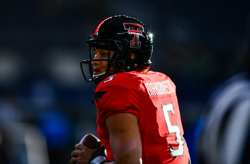 ARLINGTON, TX - NOVEMBER 25: Patrick Mahomes II #5 of the Texas Tech Red Raiders warming up before the game against the Baylor Bears on November 25, 2016 at AT&T Stadium in Arlington, Texas. Texas Tech defeated Baylor 54-35. (Photo by John Weast/Getty Images)