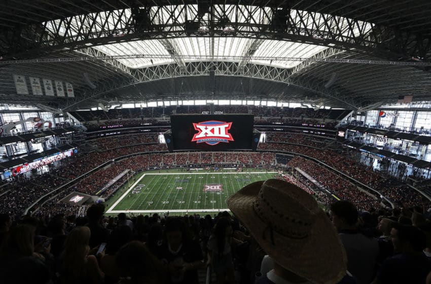 ARLINGTON, TX - DECEMBER 02: Kickoff of the Big 12 Championship game between the TCU Horned Frogs and the Oklahoma Sooners at AT&T Stadium on December 2, 2017 in Arlington, Texas. (Photo by Ronald Martinez/Getty Images)