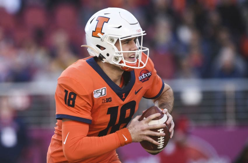 SANTA CLARA, CA - DECEMBER 30: Illinois Fighting Illini quarterback Brandon Peters (18) during the Redbox Bowl between the California Golden Bears and the Illinois Fighting Illini at Levi's Stadium on December 30, 2019 in Santa Clara, CA. (Photo by Cody Glenn/Icon Sportswire via Getty Images)