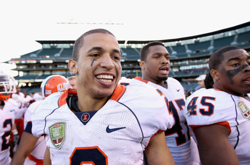 SAN FRANCISCO, CA - DECEMBER 31: Nathan Scheelhaase #2 of the Illinois Fighting Illini smiles after they beat the UCLA Bruins in the Kraft Fight Hunger Bowl at AT&T Park on December 31, 2011 in San Francisco, California. (Photo by Ezra Shaw/Getty Images)