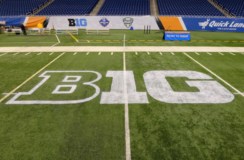 DETROIT, MI - DECEMBER 28: A detailed view of the Big Ten logo painted on the field prior to the Quick Lane Bowl between the Minnesota Golden Gophers and the Central Michigan Chippewas at Ford Field on December 28, 2015 in Detroit, Michigan. Minnesota defeated Central Michigan 21-14. (Photo by Mark Cunningham/Getty Images)