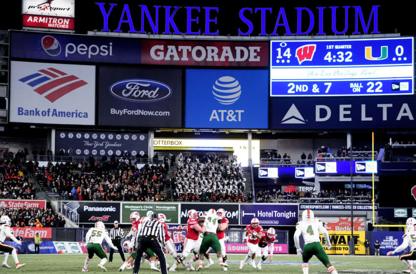 NEW YORK, NEW YORK - DECEMBER 27: A general view of the Wisconsin Badgers on offense in the first quarter of the New Era Pinstripe Bowl against the Miami Hurricanes at Yankee Stadium on December 27, 2018 in the Bronx borough of New York City. (Photo by Sarah Stier/Getty Images)