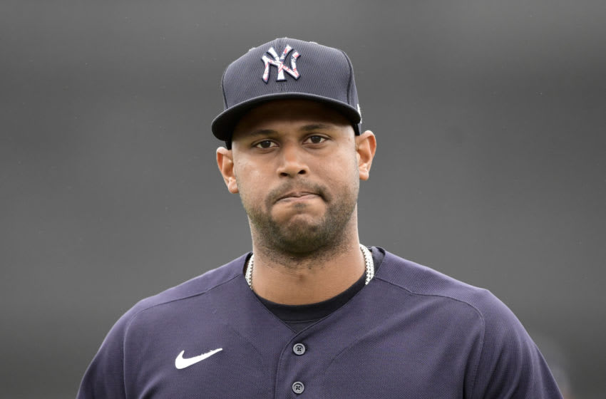 DUNEDIN, FLORIDA - MARCH 21: Aaron Hicks #31 of the New York Yankees looks on prior to the game between the Toronto Blue Jays and the Detroit Tigers during a spring training game at TD Ballpark on March 21, 2021 in Dunedin, Florida. (Photo by Douglas P. DeFelice/Getty Images)