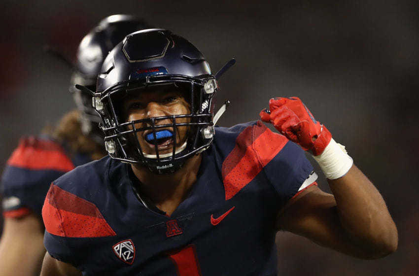 TUCSON, AZ - SEPTEMBER 22: Linebacker Tony Fields II