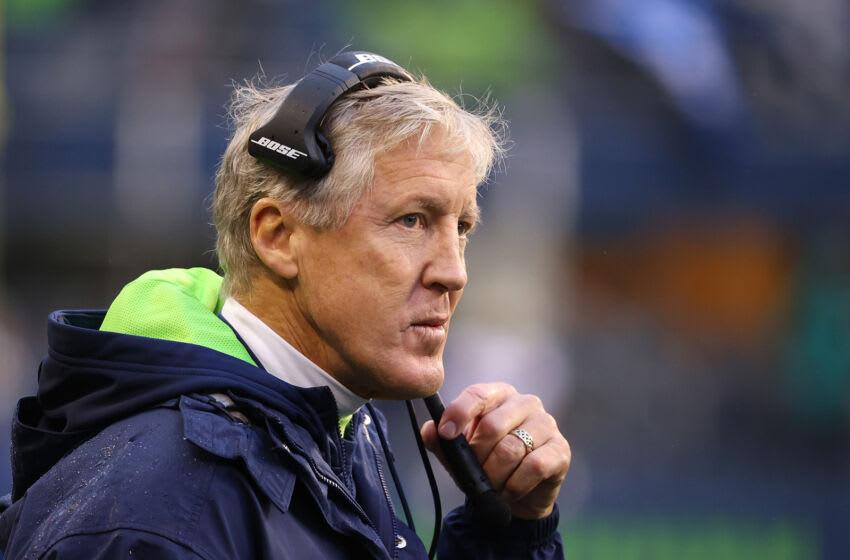 NFL Twitter is relentlessly trolling Pete Carroll for Seahawks poor offense