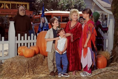 Debbie Reynolds, Kimberly J. Brown, Emily Roeske, and Joey Zimmerman in Halloweentown (1998).