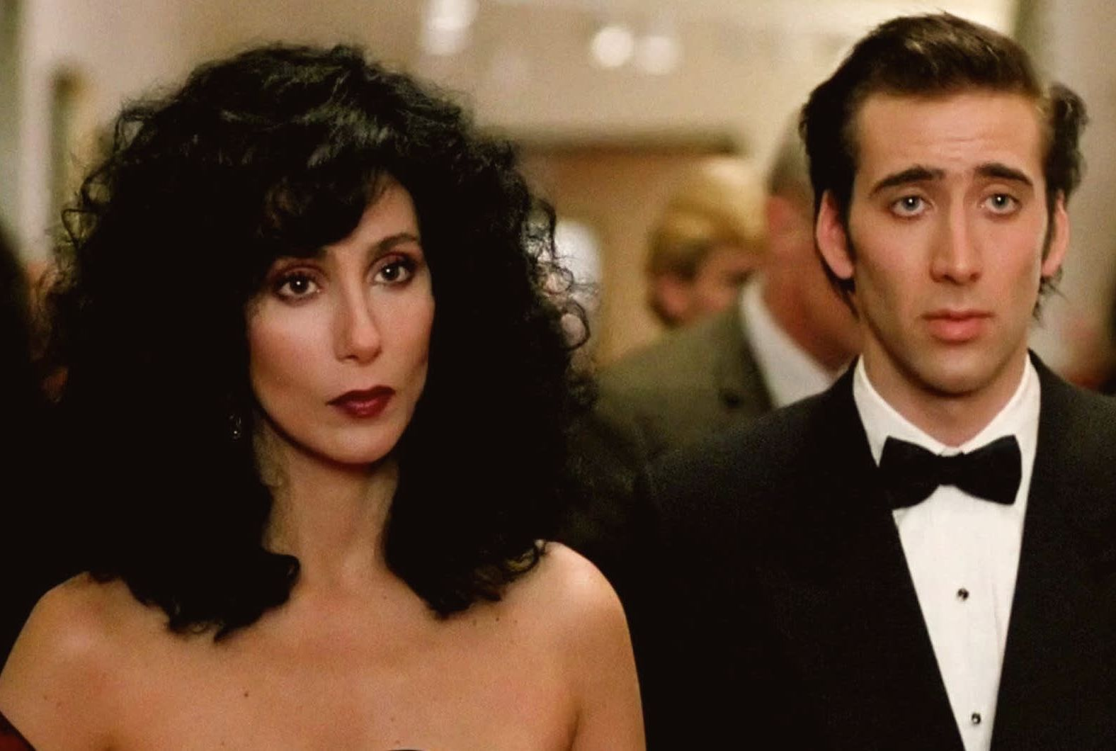 13 Enchanting Facts About Moonstruck | Mental Floss