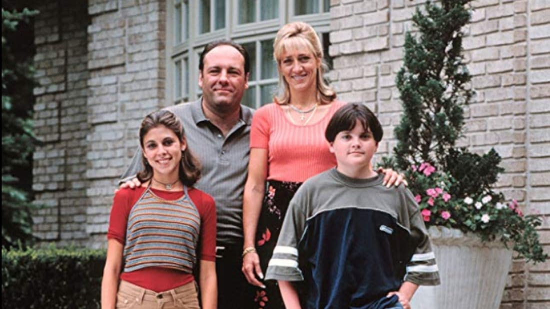 James Gandolfini, Edie Falco, Robert Iler, and Jamie-Lynn Sigler in The Sopranos