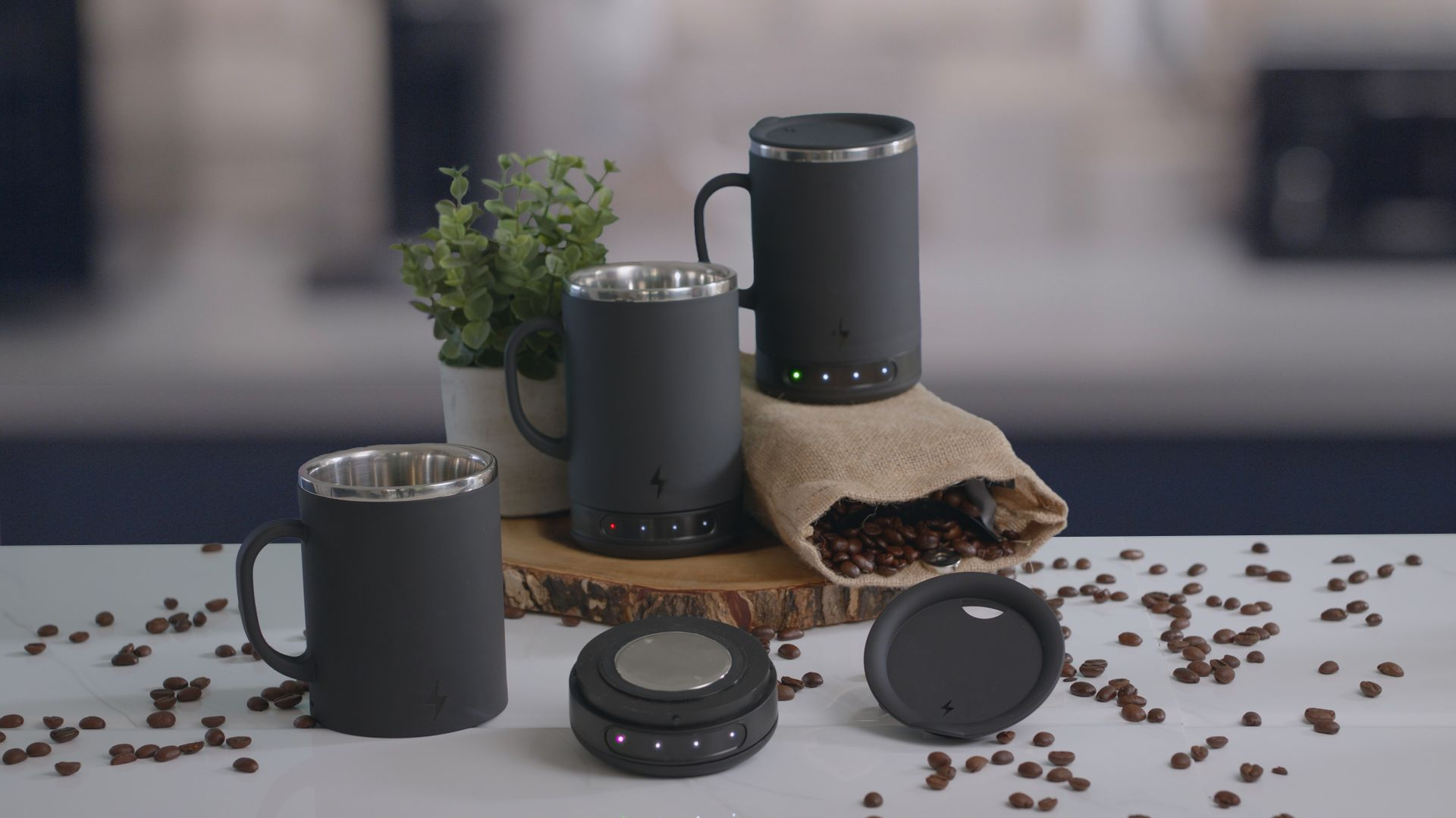 Keep Your Drink Warm for Hours With This Dishwasher-Safe Heated Mug