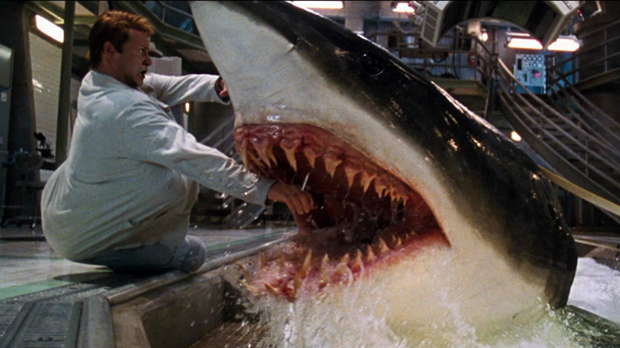 17 Facts About Deep Blue Sea For Its 20th Anniversary | Mental Floss