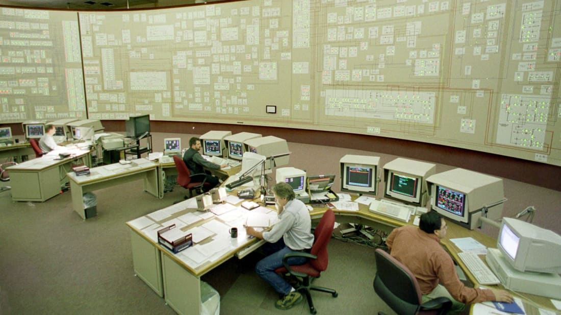 Employees at the Niagara Mohawk Power Company control facility in Buffalo, New York, go through a round of Y2K testing toward the end of December 1999.