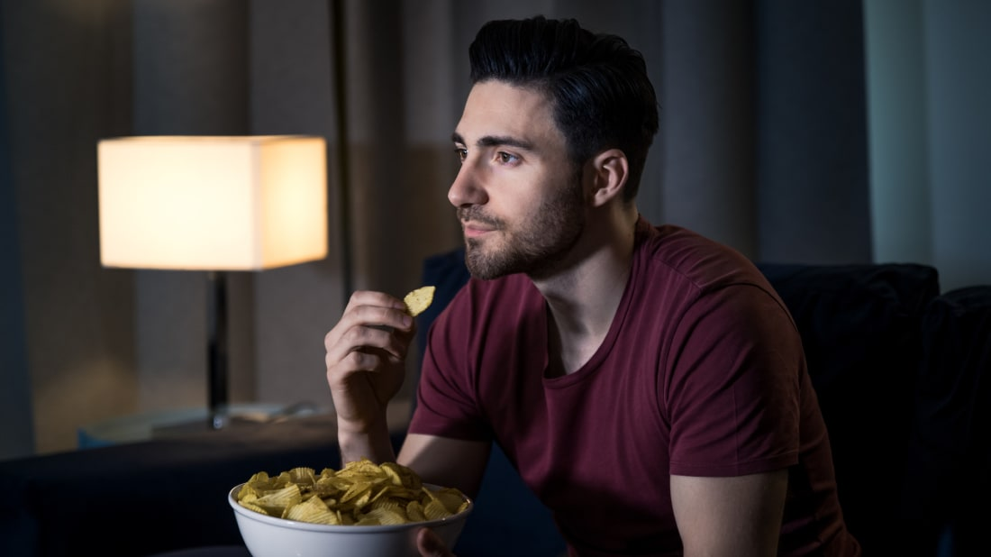 Watching television can influence how much we eat.