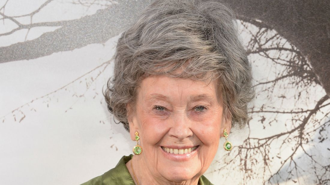 Paranormal Investigator Lorraine Warren, Whose Life Inspired The Conjuring Films, Has Died at 92
