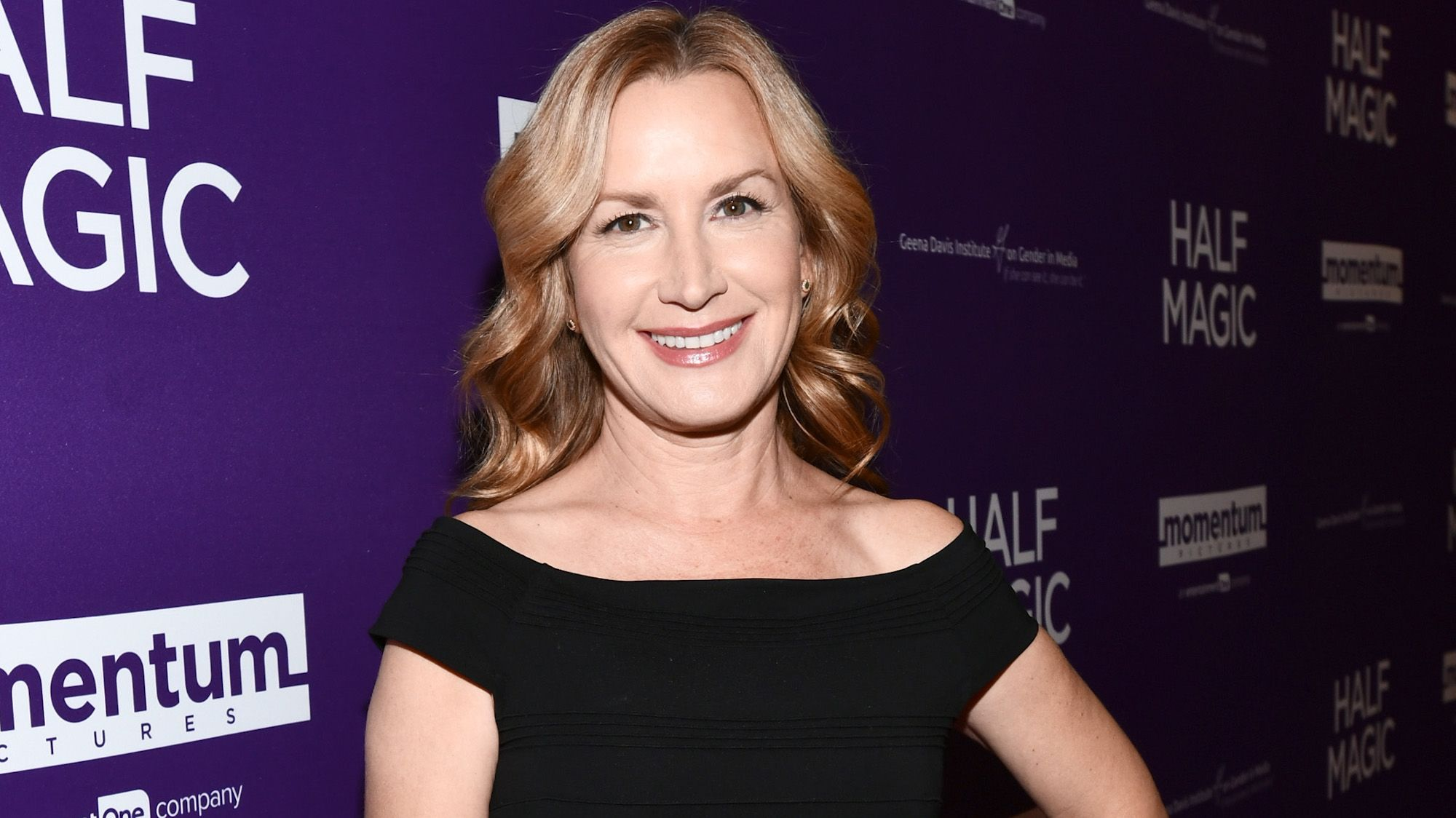 The Office Star Angela Kinsey Would Love to Do a Reunion Special