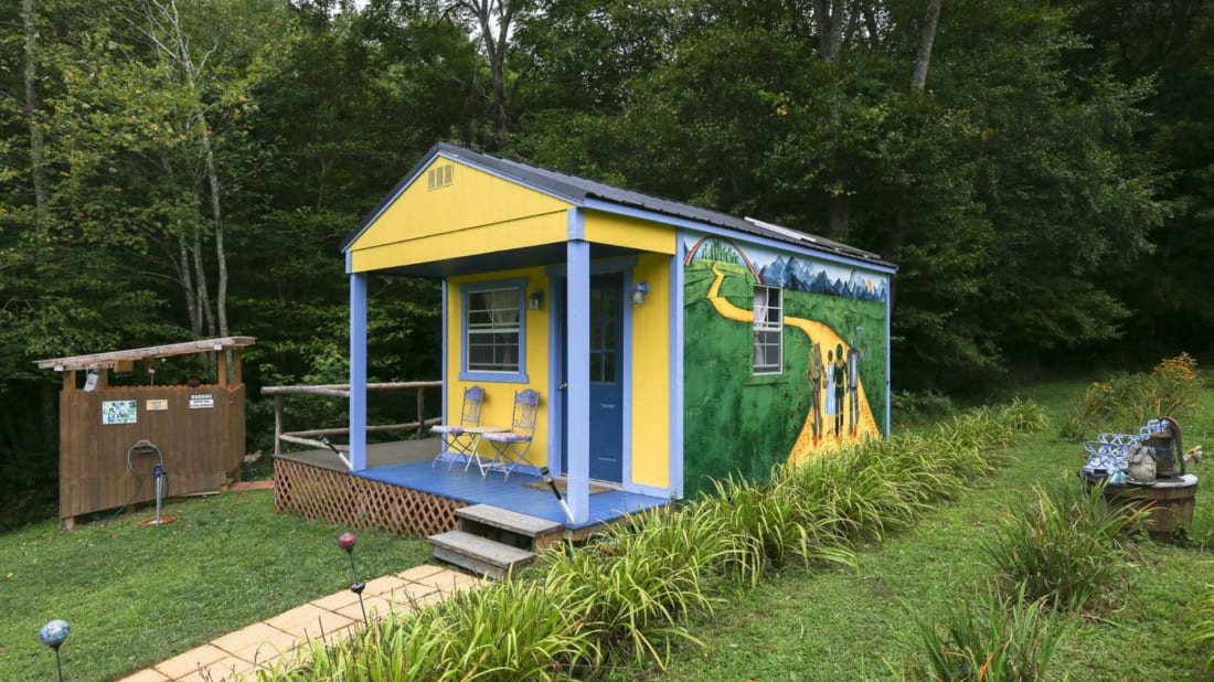 You Can Rent This Wizard of Oz-Themed Cottage in North Carolina