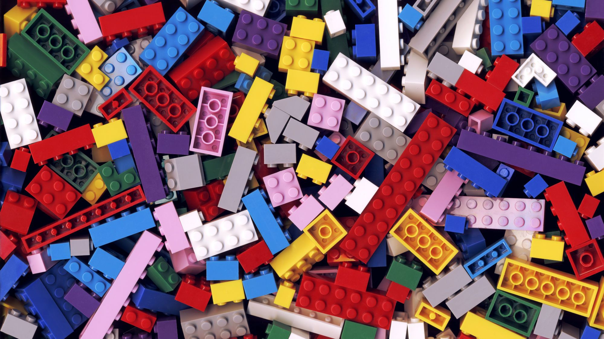 A LEGO Brick Could Survive In the Ocean for Up to 1300 Years