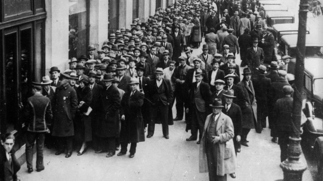 A huge queue outside the Board of Health offices in Centre Street, New York, for licenses to sell alcohol shortly after the repeal of prohibition. The repeal of prohibition was a key policy of Franklin Roosevelt's government as it allowed the government an opportunity to raise tax revenues at a time of economic hardship.