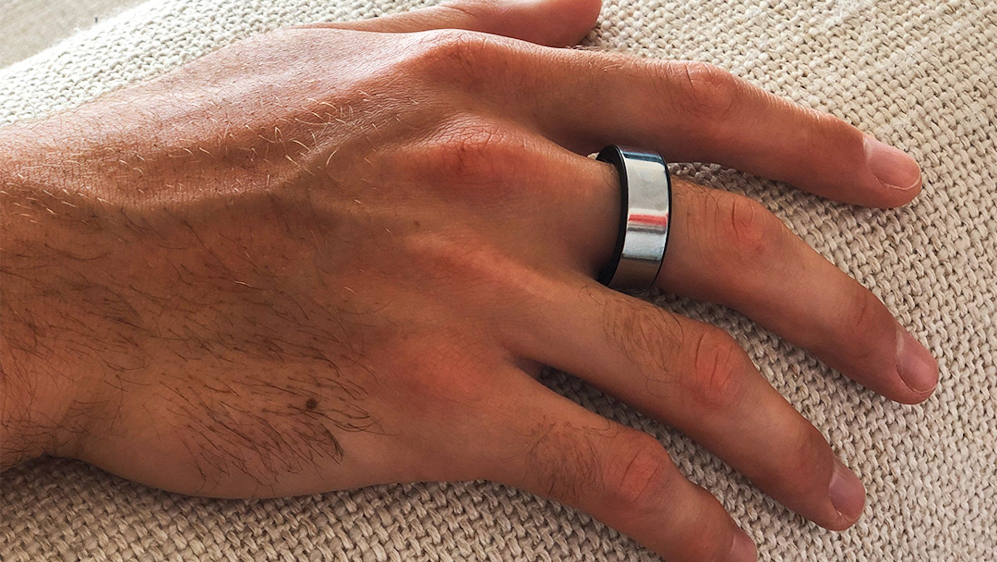 This Smart Ring Offers Personalized Wellness Advice by Analyzing Your Sleep Patterns and Fitness Levels