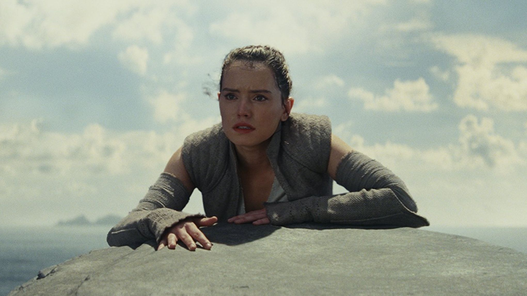 Daisy Ridley Reveals She Almost Quit <em>Star Wars</em> While Filming <em>The Force Awakens</em>