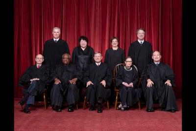 Front row, left to right: Stephen G. Breyer, Clarence Thomas, (Chief Justice) John G. Roberts, Jr., Ruth Bader Ginsburg, Samuel A. Alito. Back row: Neil M. Gorsuch, Sonia Sotomayor, Elena Kagan, Brett M. Kavanaugh.