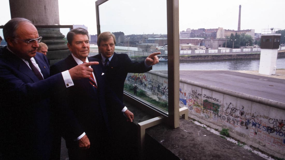 President Ronald Reagan with German chancellor Helmut Kohl at the Berlin Wall in 1987.