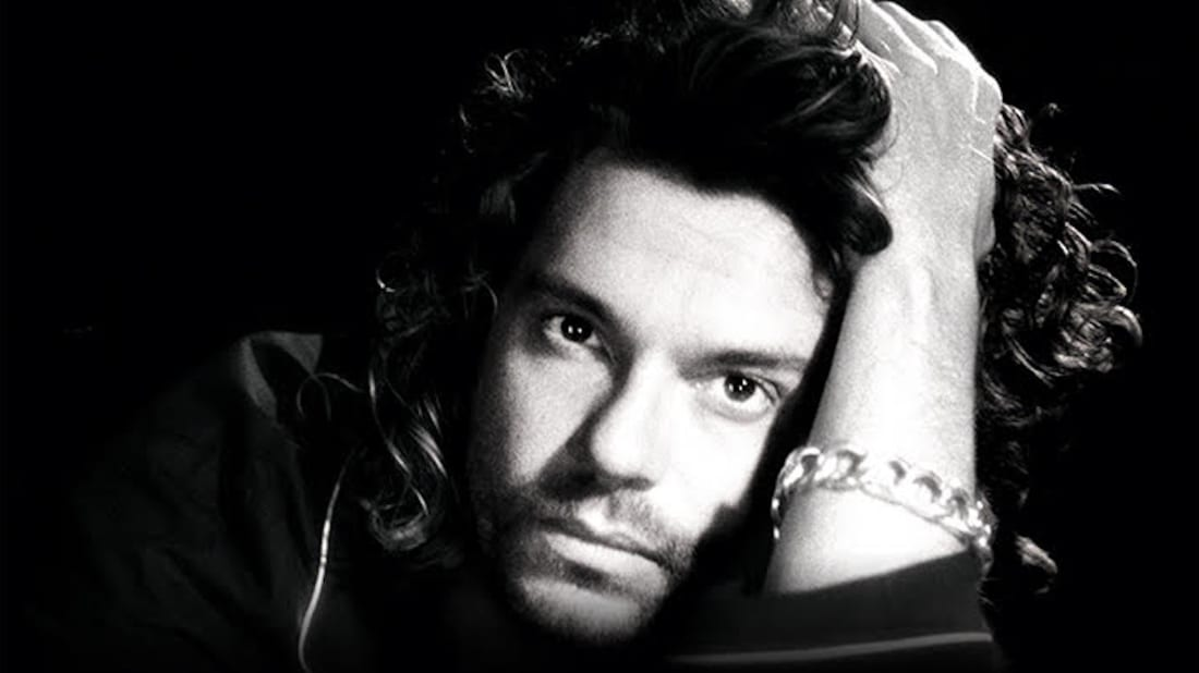 INXS's Michael Hutchence in Mystify: Michael Hutchence (2019).