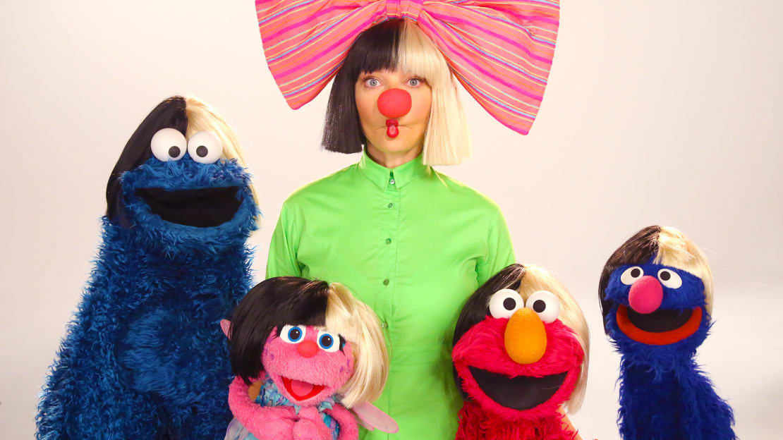 "Sia performs ""Big Bird's Song"" on Sesame Street."