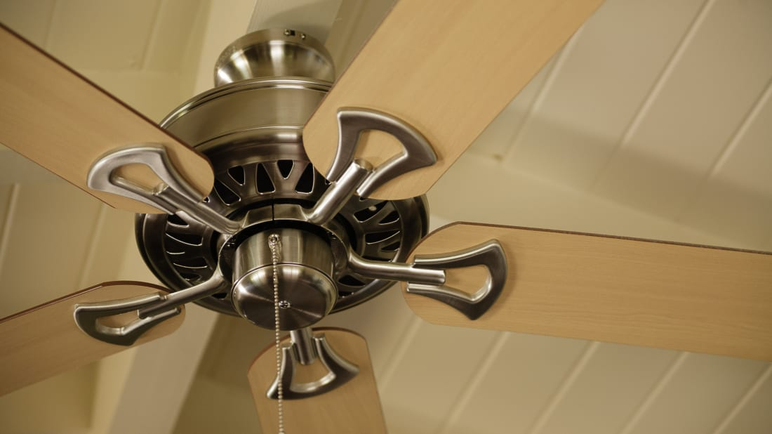 Ceiling Fan Not Cooling You Off Maybe It S Spinning In